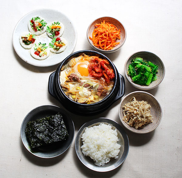 熱々チゲ鍋で韓国ごはん